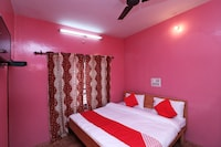 OYO 37490 Paying Paradise Guest House