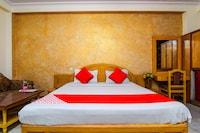 OYO 3647 Hotel Rahul Palace Deluxe