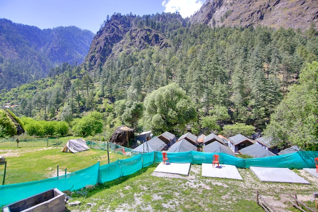 SPOT ON 37527 Kasol Saanjh Camps SPOT