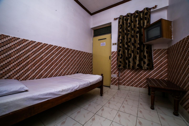 SPOT ON 37529 Hotel Jp Palace -1
