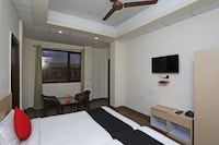 Capital O 37654 Hotel 101 Stays