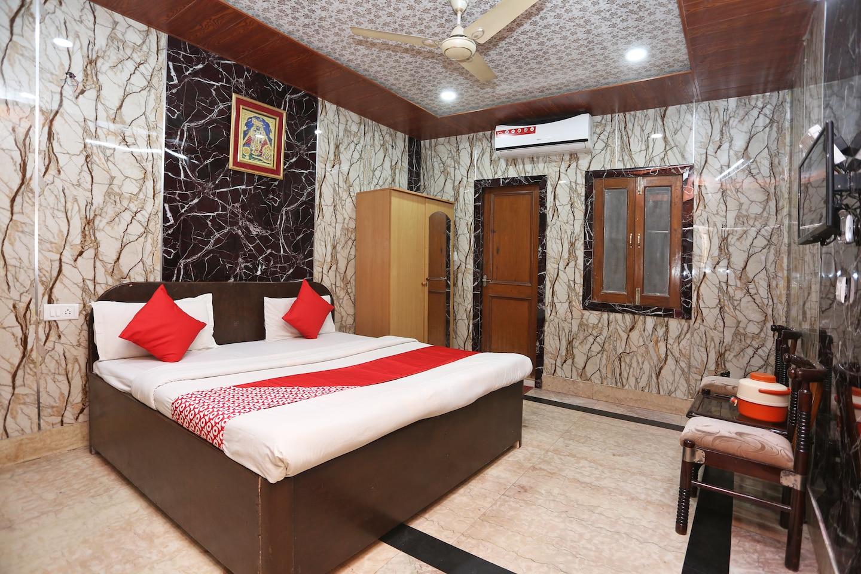 OYO 37729 Shri Swami Haridas Bhawan -1