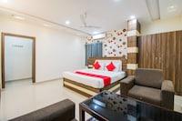 OYO 37735 Sri Harshitha Residency Deluxe
