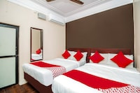 OYO 37750 Hotel Boopathi International