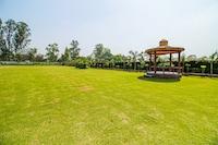 OYO 37756 Mangalam Resort Deluxe