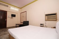 SPOT ON 37757 Hotel Paradise SPOT