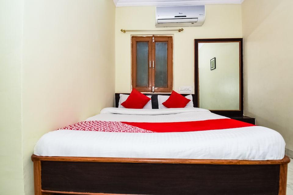 OYO 37785 Hotel Sky View