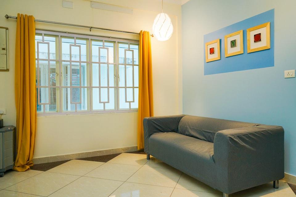 OYO 37789 Cozy Stay Near Palarivattom Metro Station