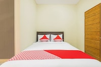 OYO 818 Micasa Residence