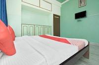 OYO 37794 Hotel Hariom