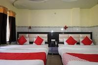 OYO 37795 Hotel Blue Diamond Deluxe