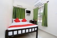 OYO 37808 Hotel Charminar Saver
