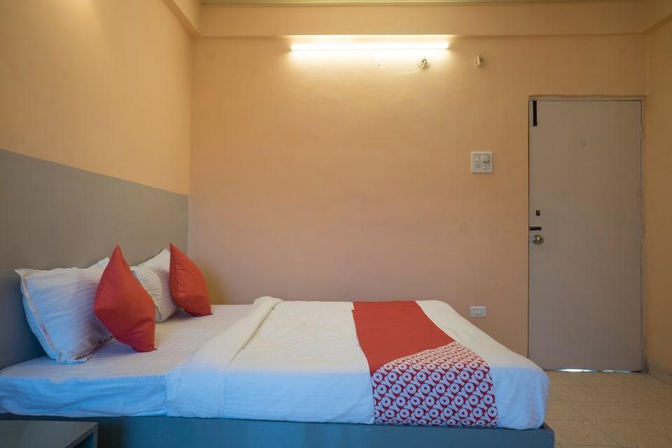 OYO 37830 Hotel Aakar International