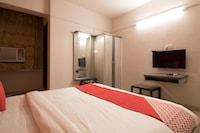 OYO 37831 Hotel Hem Executive