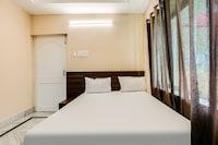 SPOT ON 37842 Hotel Aavaas SPOT