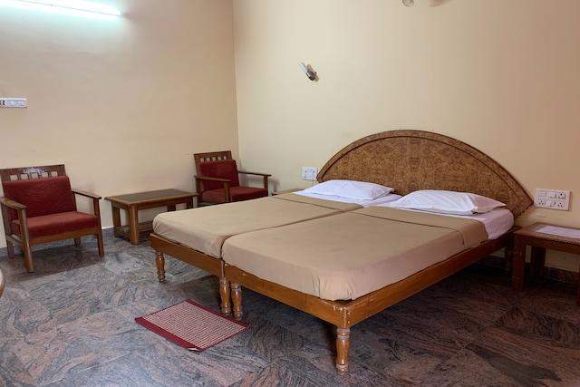 SPOT ON 37846 Hotel Shiva Sangam Residency SPOT