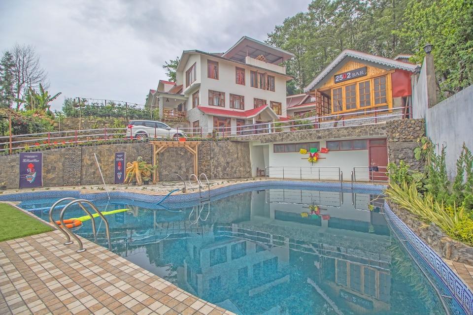 OYO 37869 The Rumtek Resort