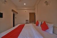 OYO 37888 Hotel Jagdish Palace & Restaurant