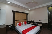 OYO 37891 Hotel Empire Grand
