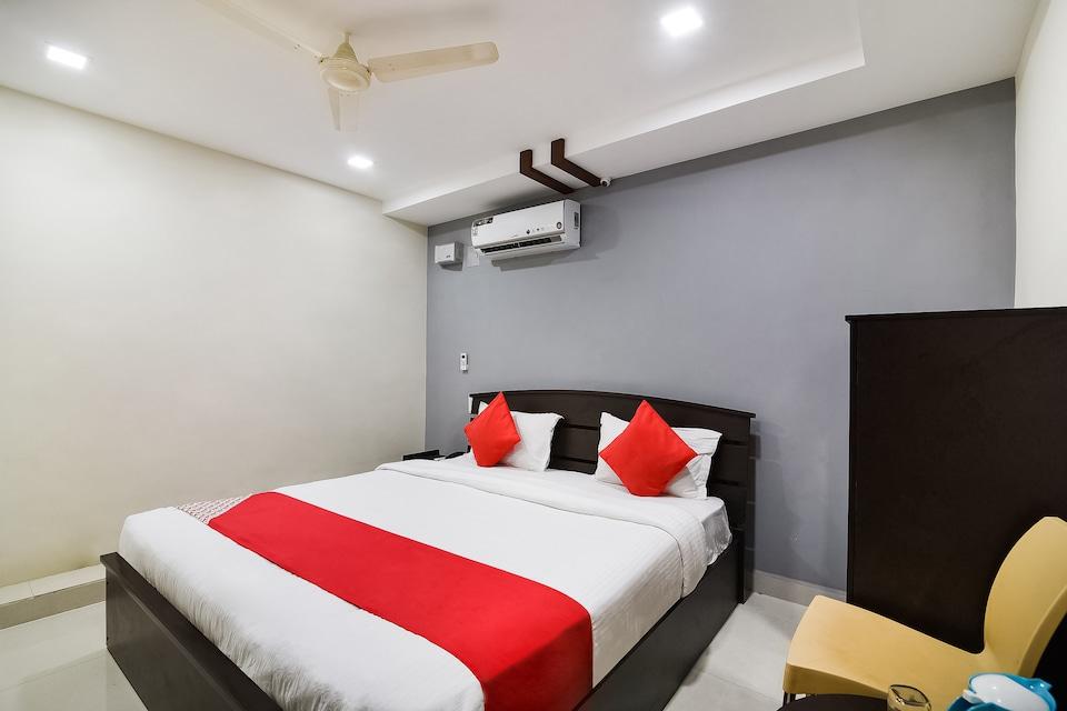 Capital O 37901 Hotel Sri Lakshmi Grand, Kapila Theertham Tirupati, Tirupati