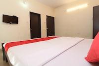 OYO 37923 Hotel Ojas Villa