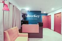 SilverKey Executive Stays 37925 River View Saver