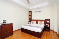 Capital O 37928 Nila Residency Hotel Deluxe