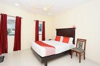 OYO 37929 Hotel Malabar Plaza