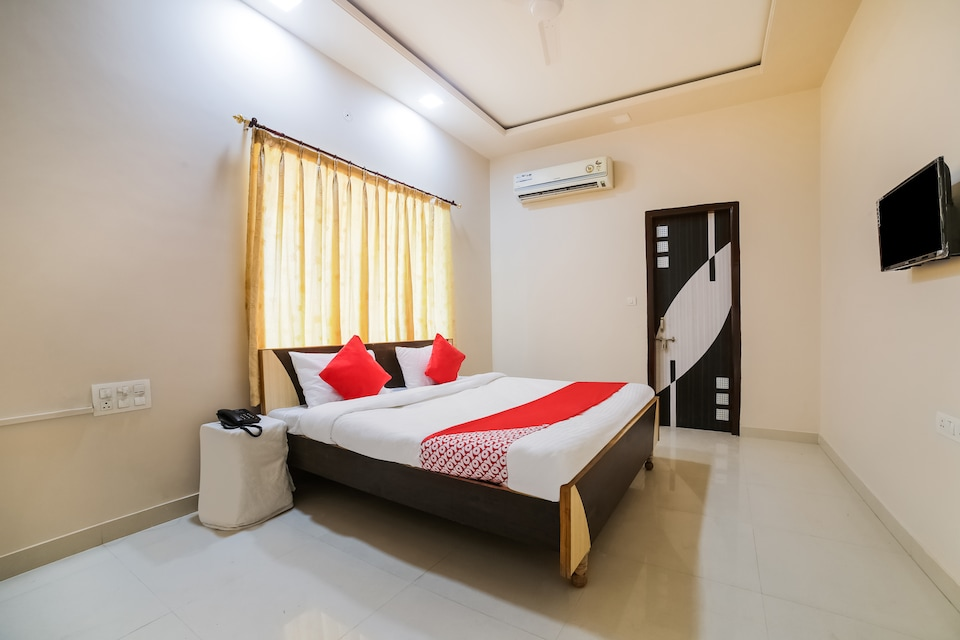 OYO 37963 K R Guest House