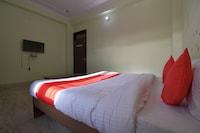 OYO 37966 Hotel Kesar Palace