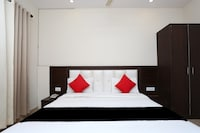 Capital O 37973 Hotel Shiv Vilas