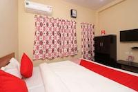 OYO 37983 Pati Niwas Guest House