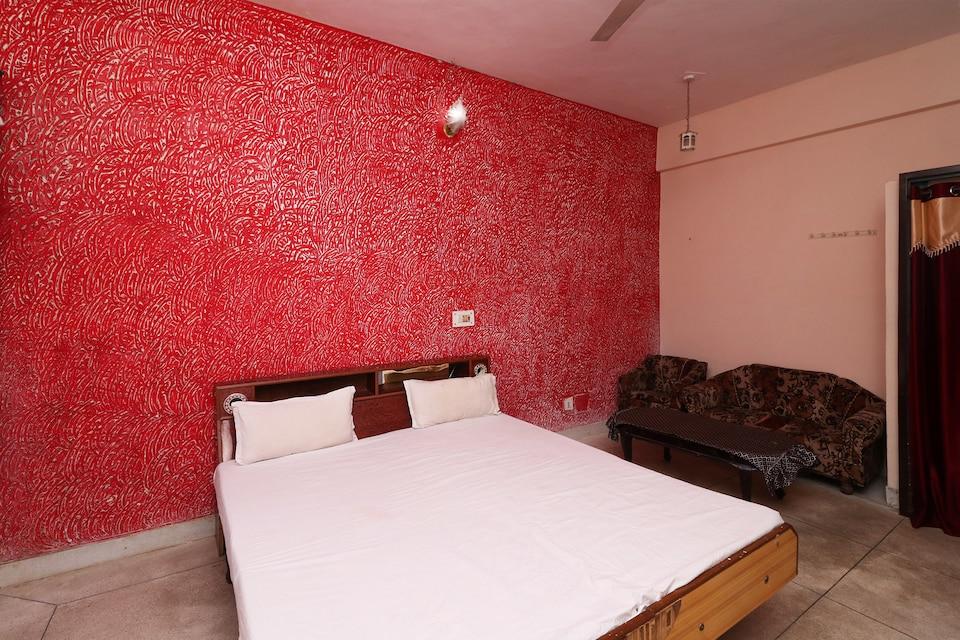 SPOT ON 37985 Hotel Maya