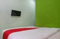 OYO 833 Hotel Army Look Syariah