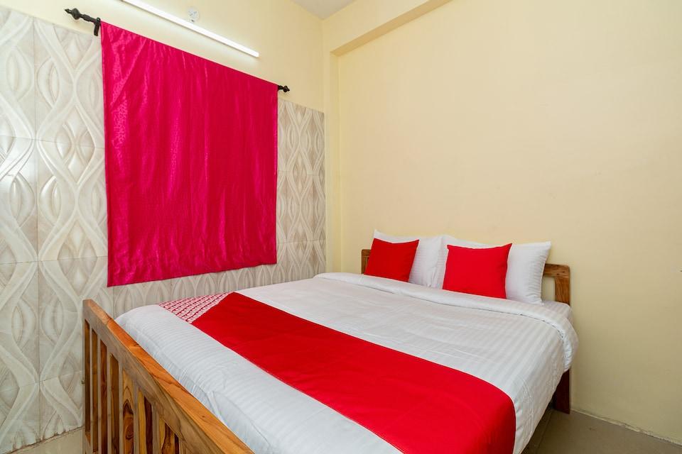 OYO 37998 Thirumal Residency