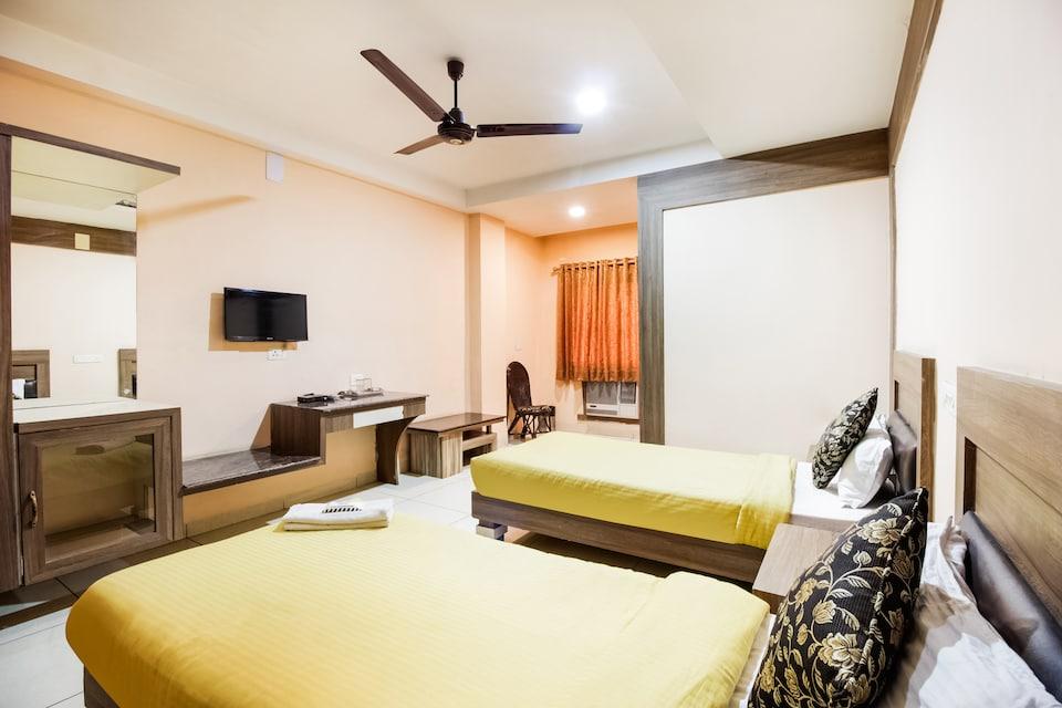 SPOT ON 38003 Hotel Vandana
