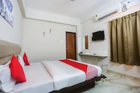 Capital O 38021 Hotel Corporate Inn Deluxe