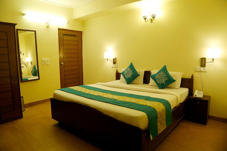 OYO 3692 Hotel Gobind Palace -1