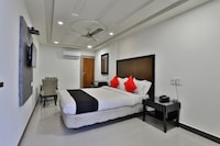Capital O 38140 Hotel Sukun