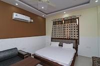 SPOT ON 38169 Hotel Sharma SPOT