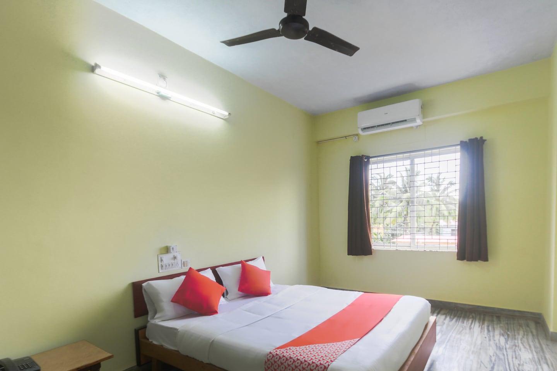 OYO 38212 Sandhya Lodge -1