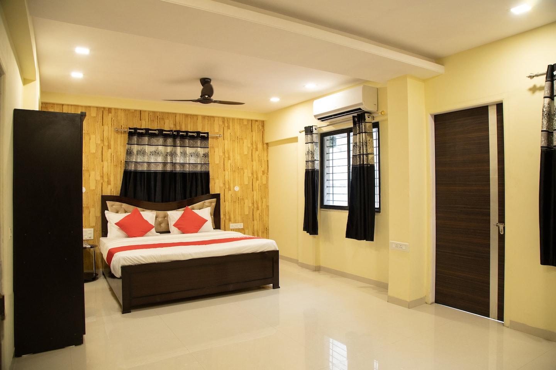 OYO 38316 Hotel Gold -1