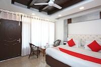 OYO 38389 Hotel Narsingh Plaza