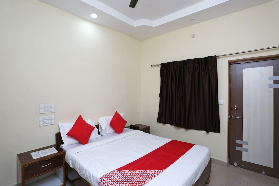 OYO 38416 Prince Guest House
