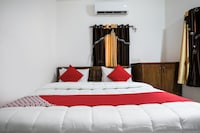 OYO 38418 Rosy Guest House