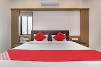 OYO 38421 Hotel Sarthak Residency