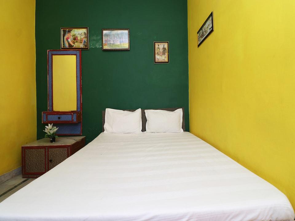 SPOT ON 38429 Hotel Namastey