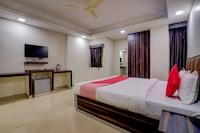 OYO 38546 Hotel Amaltash2 Deluxe