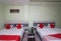 OYO 38549 Hotel Hansa Garden Saver