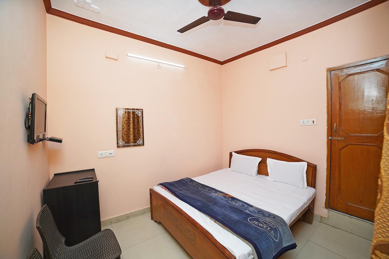 SPOT ON 38571 Hotel Vimal -1